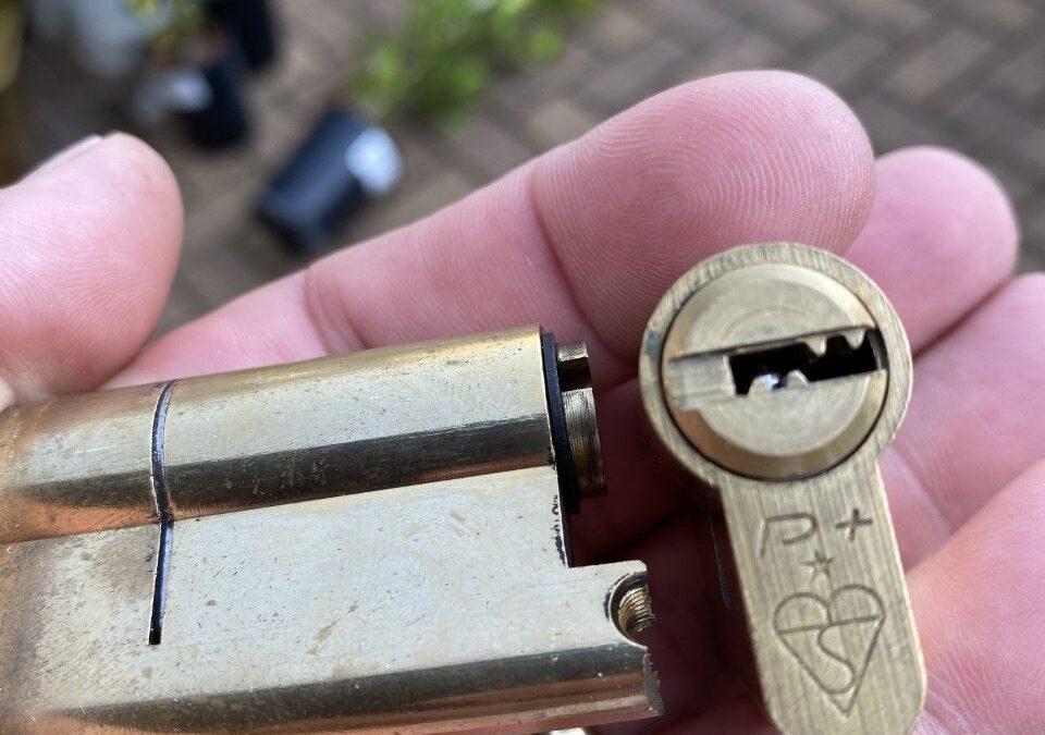New Anti Snap Locks Doncaster